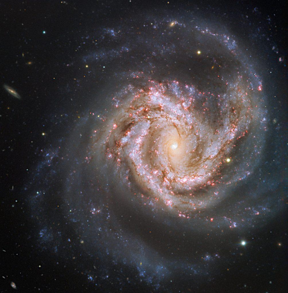 おとめ座銀河団に属する渦巻銀河M61 | アストロピクス