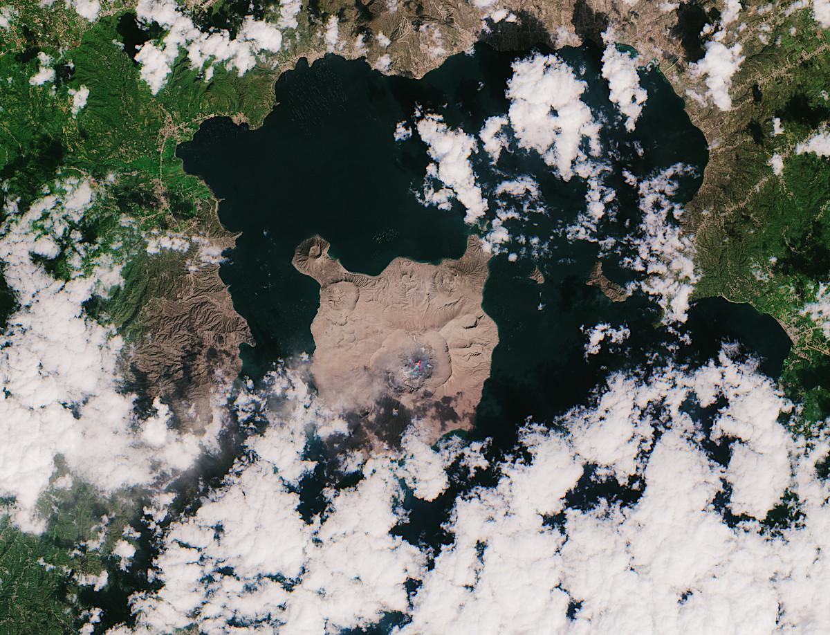 火山 フィリピン