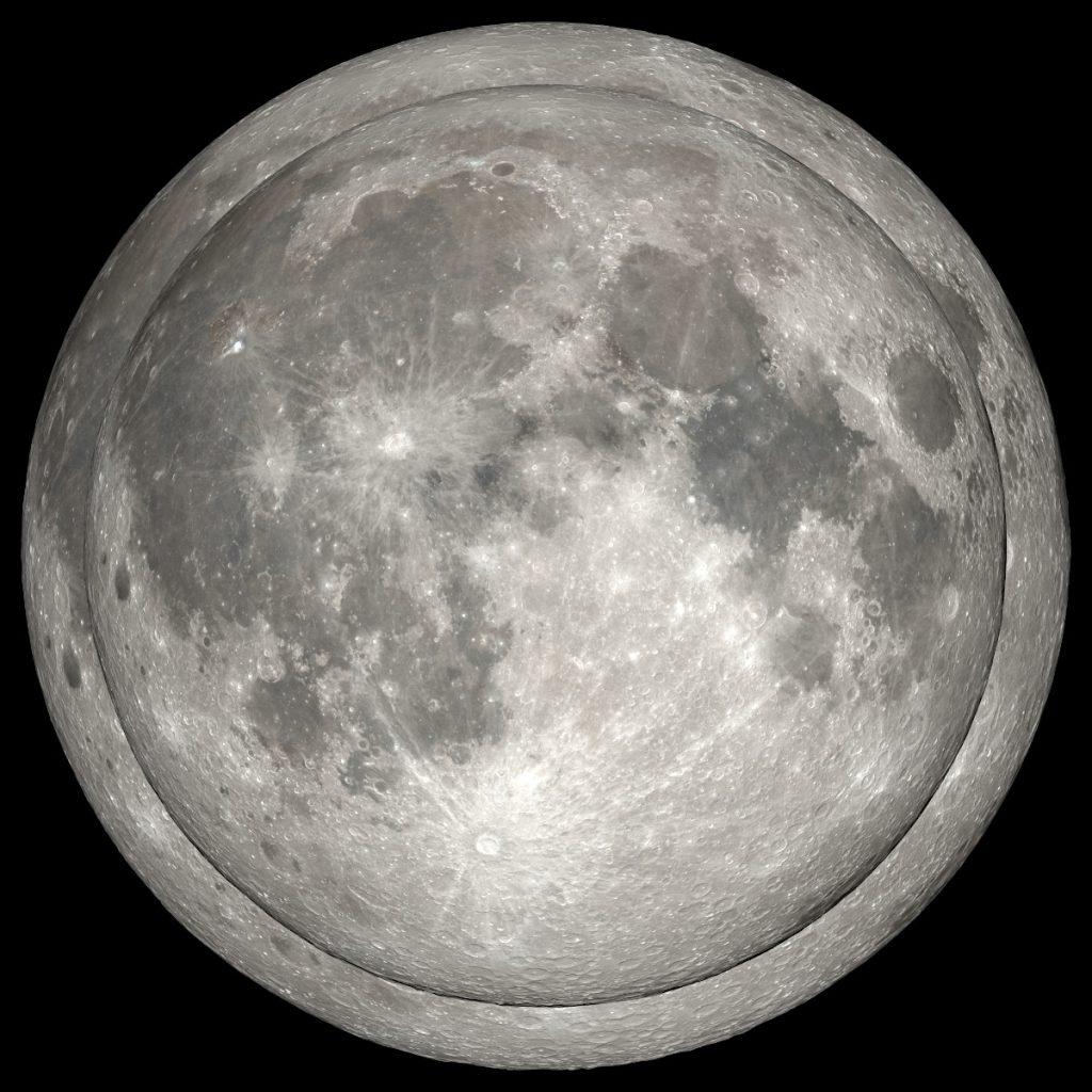 2021年で最も大きく見える満月と最も小さく見える満月を重ねてみました。